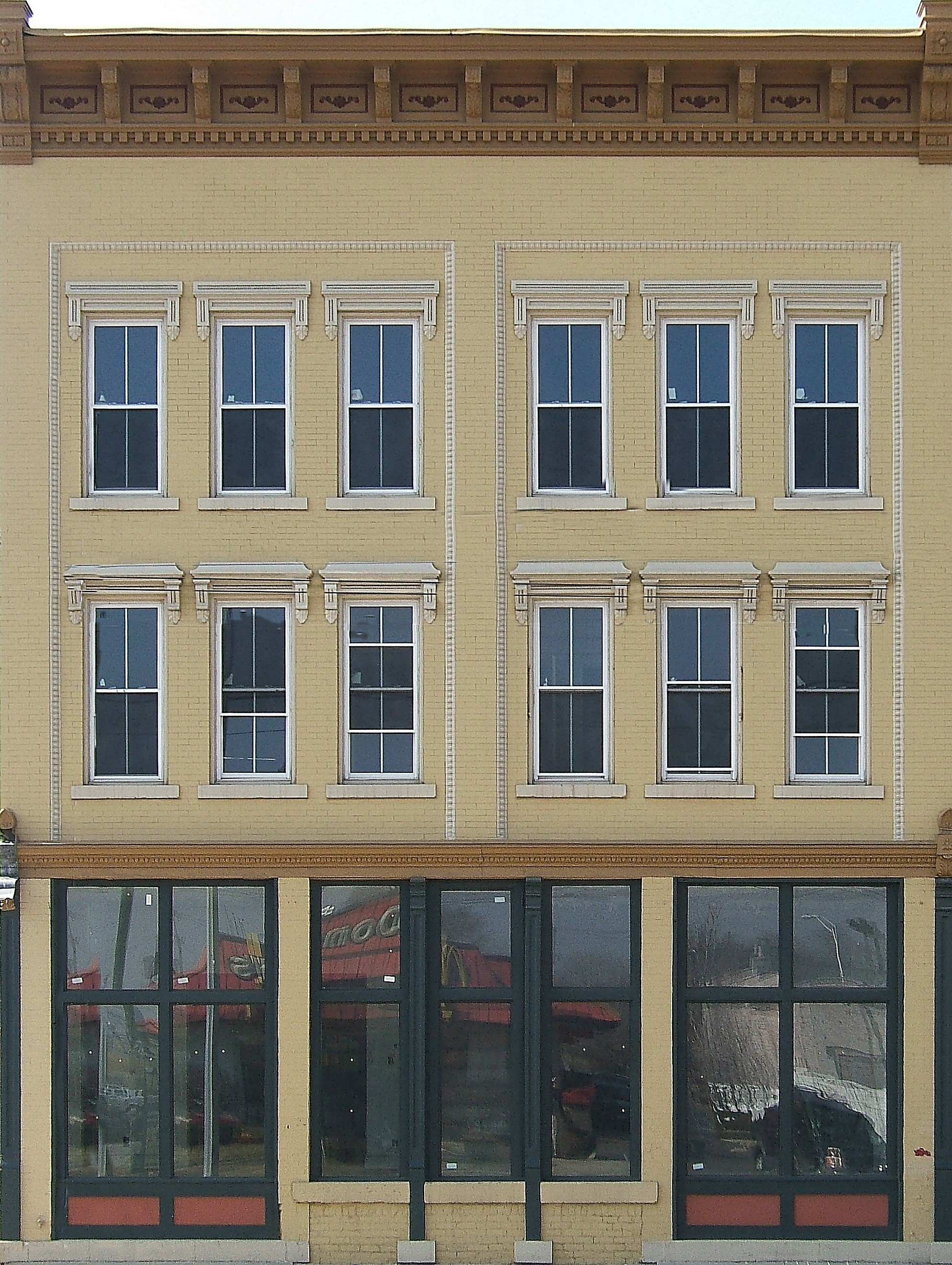 O scale building front photos from bigchristmastrains tm for Exterior view of building