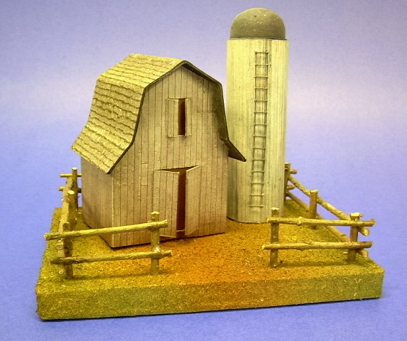 Building a Vintage-Style Cardboard Barn and Silo