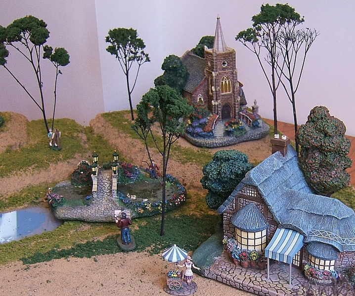 Portable Indoor Displays for Trains and Towns